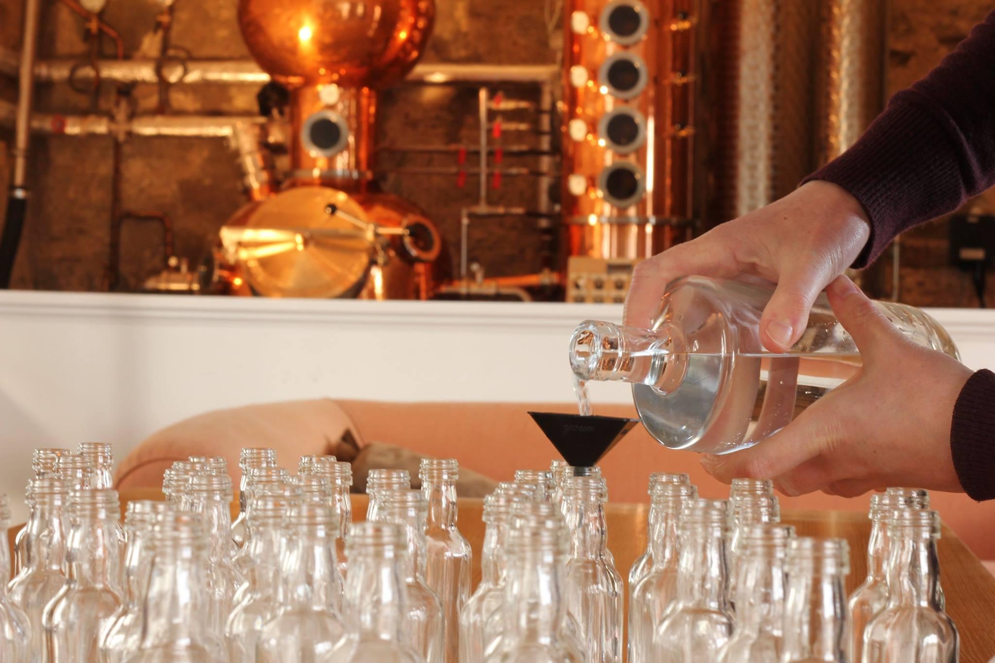 Craft Gin distillery, Perthshire, Tasting room, copper still