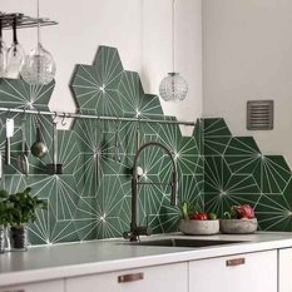 hexagonal tiled splashback in green and white