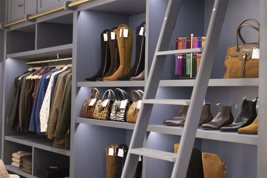 bespoke joinery shop display units for ladieswear shop in Kelso, Cb3 design Interiors